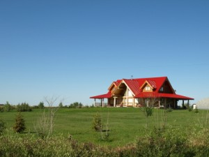 What Are the Benefits of Life on an Okotoks Acreage? Custom Homes