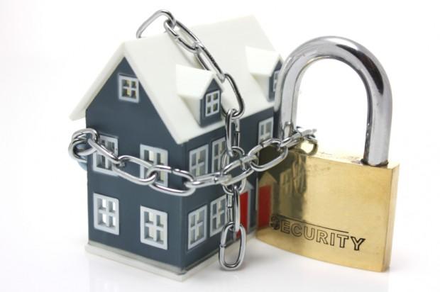 home builders safe