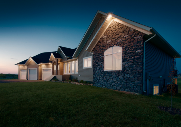 Benefits of building a custom home in calgary on your own for Build your own luxury home